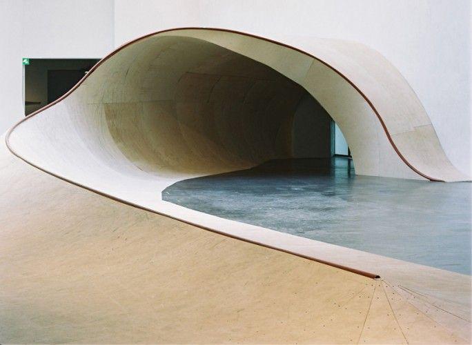 SKATEABLE SCULPTURE BY RICH HOLLANDSkating Parks, De Découvrir, Rich Holland, Skateabl Sculpture3, Loco Gallery, Nous Proposals, Skateabl Waves, Architecture Design, Skatepark