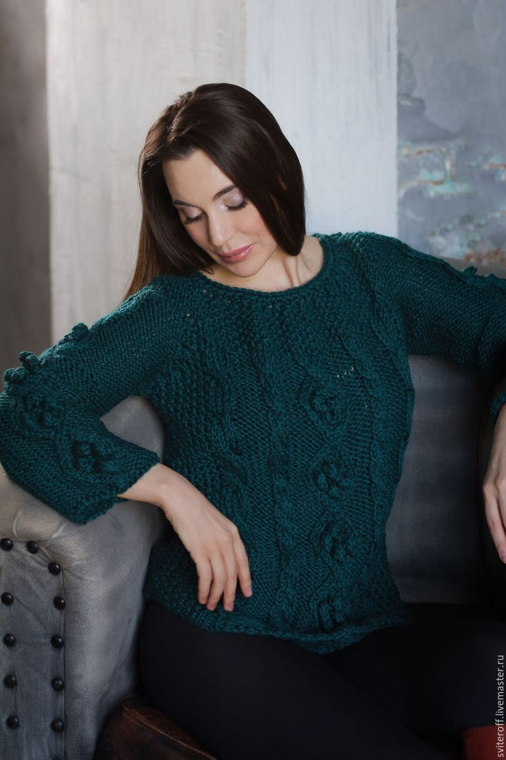 """Купить Вязаный женский зеленый свитер ручной работы """"Изумруд"""" - морская волна, изумрудный"""