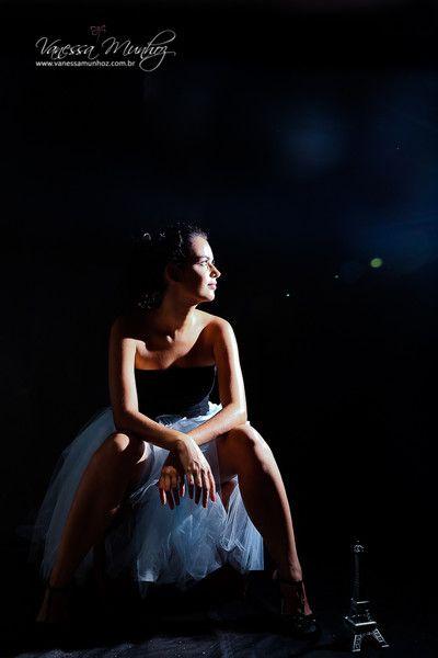 Vanessa Munhoz Fotografia - Portfolio - Ensaios Individuais - low key