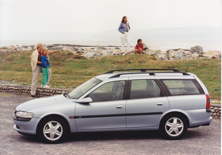 Opel Vectra Caravan (5 languages, 09/1996)