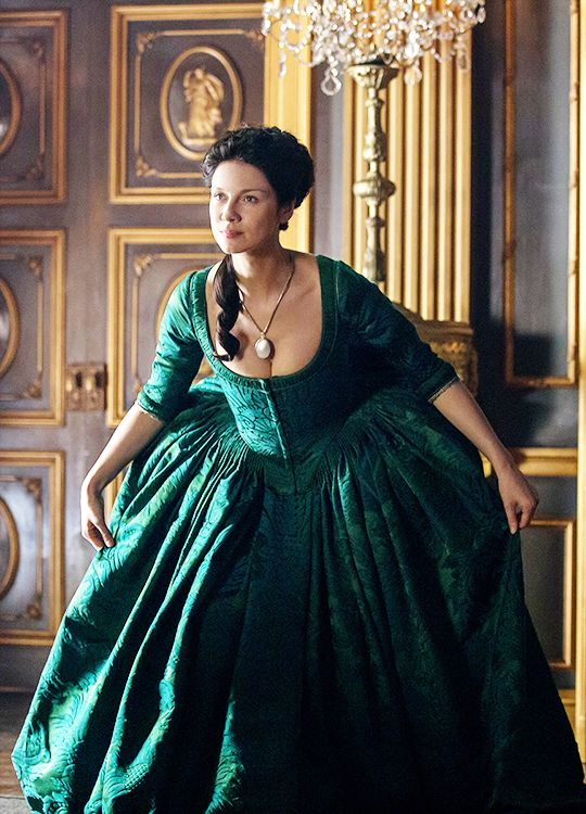 Caitriona Balfe in 'Outlander' (2014).