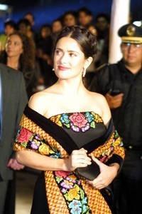 salma hayek la tehuana by Mujer Tehuana
