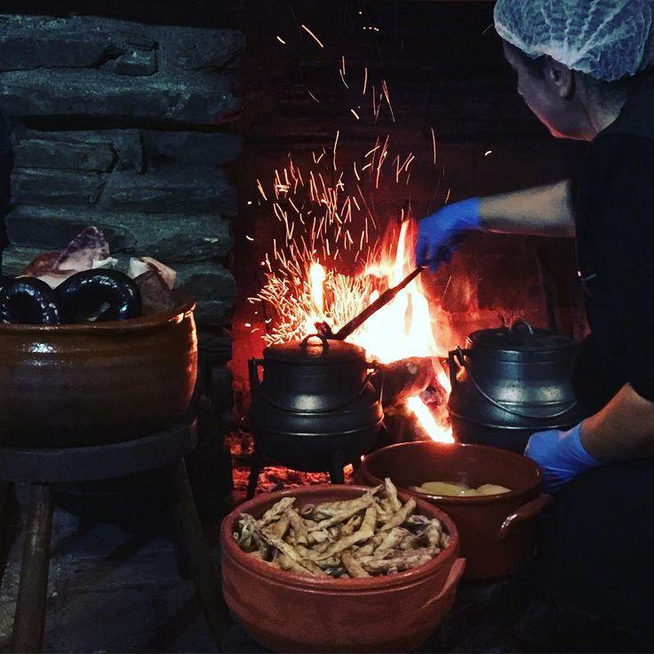 #potes ao lume #domroberto #gimonde # Cozido à Transmontana. Butelo e Casulas