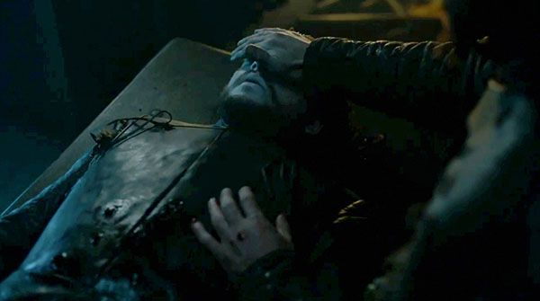 Jon Snow Alive? Take A Look At The Trailer Again And See Why! - http://www.morningledger.com/jon-snow-alive-take-a-look-at-the-trailer-again-and-see-why/1360319/