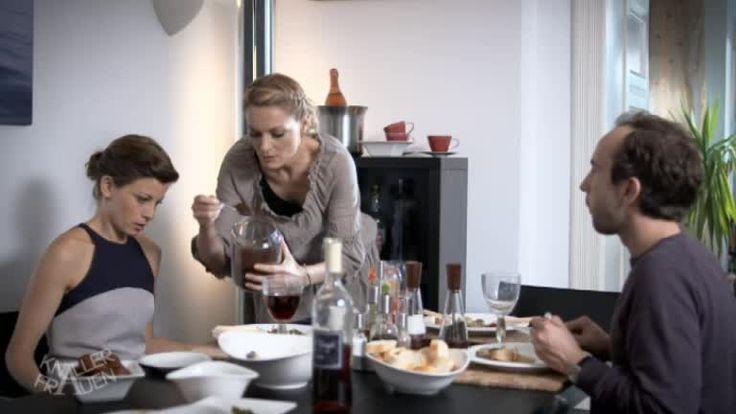 Knallerfrauen - Video - Alter Hausfrauentrick - Sat.1