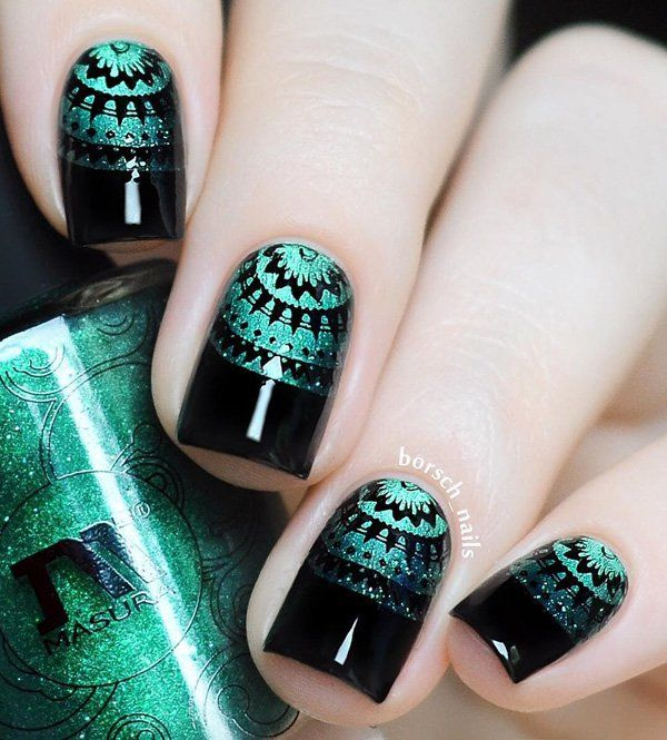 If you aren't good drawer buy stickers that you can use to get this patterns on nails. As you can see nail polishes with diamond shine are very trendy!