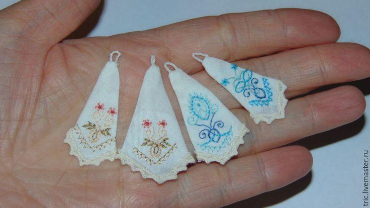 Купить Вышитые полотенца 1:12 - коллекционная миниатюра, кукольная миниатюра, миниатюра 1 12