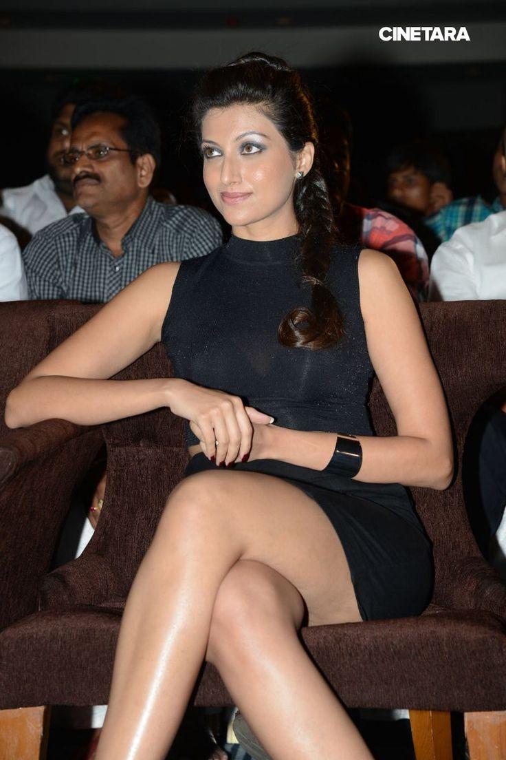 Hamsa-Nandini-Sexy-Legs-Show-Stills-58.jpg (1065×1598)