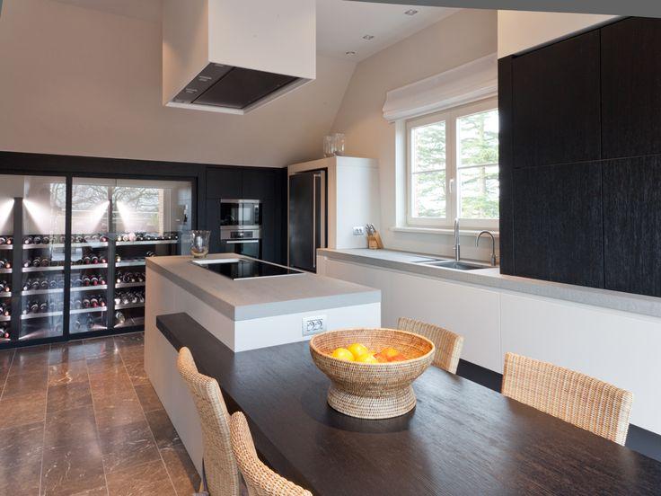 Keuken met verlengde tafel scalo keuken pinterest keuken met en zoeken - Ingerichte keuken met geintegreerde tafel ...