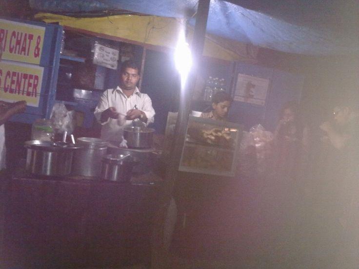Latpati Liti  Chaat Shop (Tiwari Chaat); Manipal