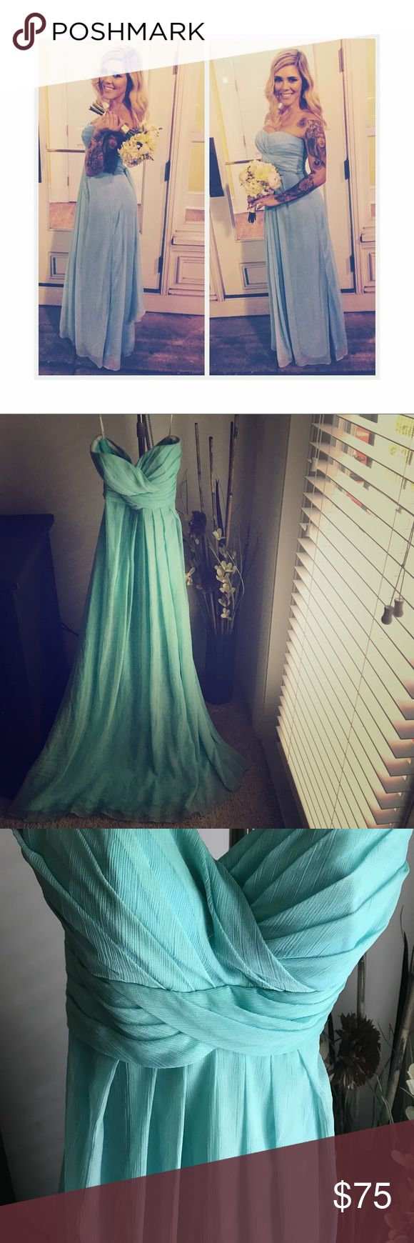Bari Jay size 4 sweetheart aqua formal dress PERFECT FOR --> Wedding /Bridesmaid /Prom / Homecoming !! Bari Jay size 4 Sweetheart top Aqua blue floor length gown with detachable straps ! Worn once for wedding ! Super pretty  / gently used ! bari jay Dresses Strapless