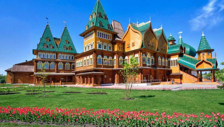 Kolomenskoye, Rusia. #Travel #Russia