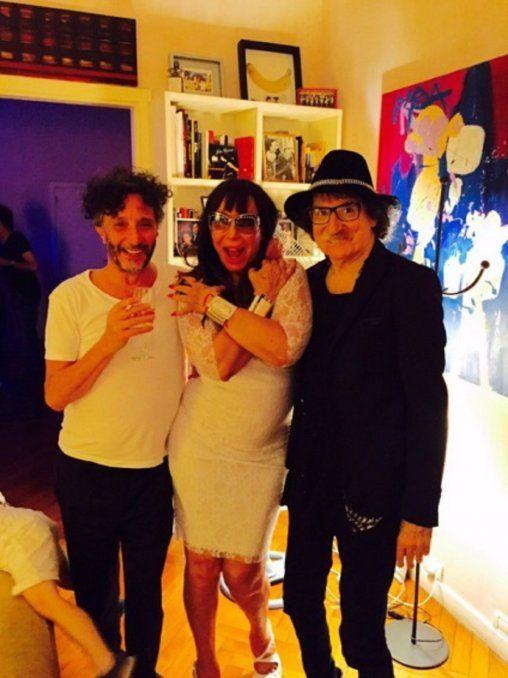 Moria Casán arrancó el 2016 con mucho humor y pasándola brutal, como dice ella, junto a su familia y dos de los más grandes músicos de la Argentina: Charly García y Fito Paez.