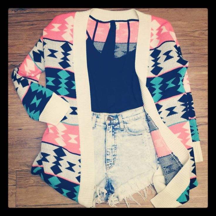 Join the Tribe Cardigan $45.99 #Tribal #Print #Cardigan         <3 love the outfit :)