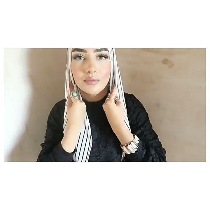 "2,413 Beğenme, 55 Yorum - Instagram'da ernie mavie (@erniemavie): ""#hijab #hijabers #hijabchamber #tesettur #tesettürlü #tülesarp #şal #hijabtutorial #tutorialhijab…"""