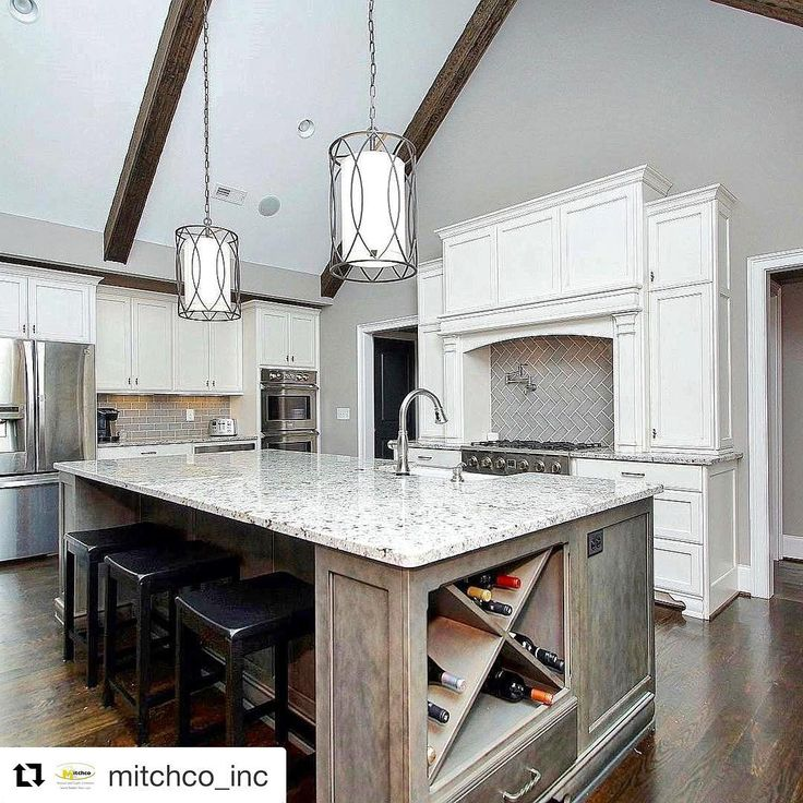 "377 Likes, 8 Comments - Interior designers of Insta (@interior.designers.of.insta) on Instagram: ""Dream kitchen done by @vda_designs  #interiordesign #design #design #kitchen #instadaily…"""