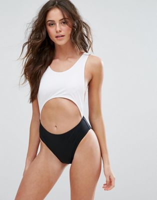 PrettyLittleThing | PrettyLittleThing Monochrome Cut Out Swimsuit