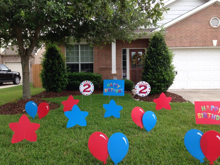 Dr. Seuss Thing 1 & Thing 2 Outdoor Birthday Decorations for 2 year old twins!