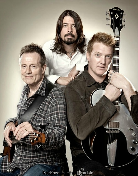 Them Crooked Vultures ... John Paul Jones, Dave Grohl, Josh Homme ! Maybe they'll reunite someday ...
