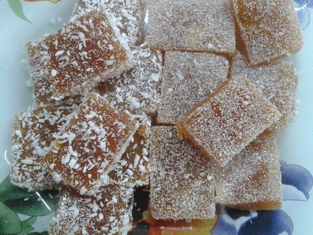 Домашний абрикосовый мармелад в кокосе или сахаре.