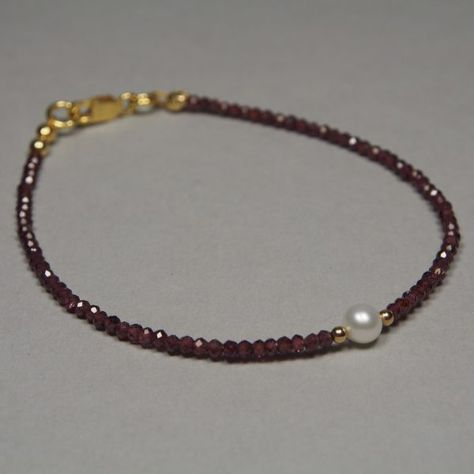 Garnet Pearl Gold Bracelet