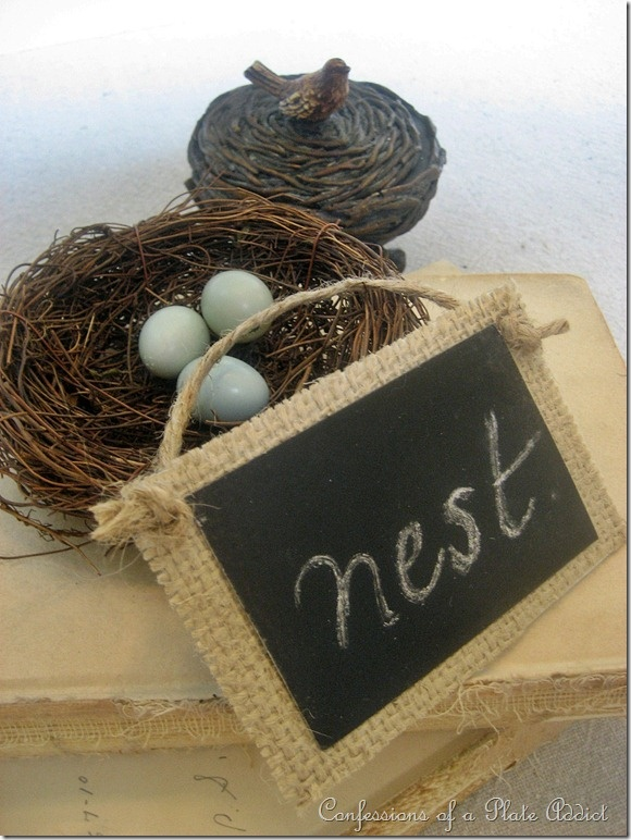 Burlap and chalkboard sign: Tags Ideas, Burlap Tags, Diy Crafts, Chalkboards Tags, Birds Nests, Chalkboards Paintings, Vintage Birds, Chalkboards Signs, Crafty Ideas