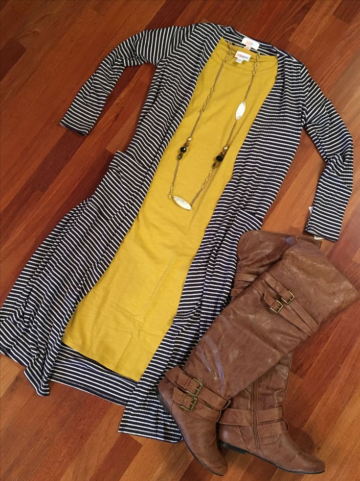 Beautiful fall/winter combo! LuLaRoe Sarah and LuLaRoe Julia meet!