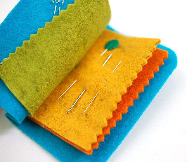 project: easy felt needle book