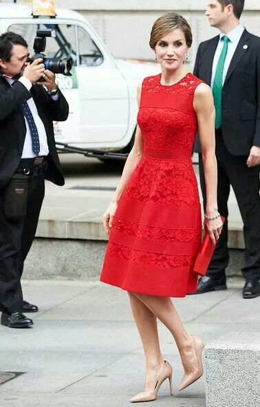 Siroter cocktail dress