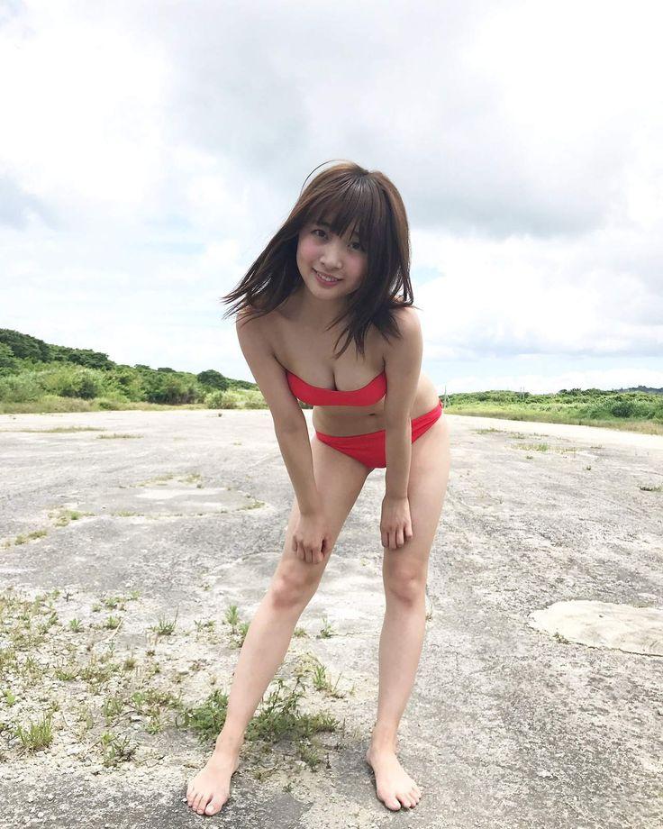 渡邉幸愛さんのビキニ