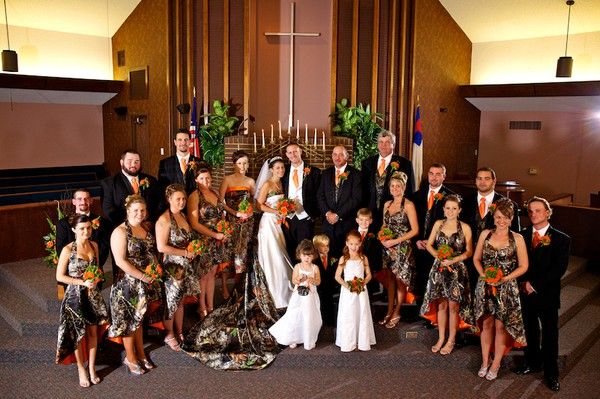 camo wedding.....wowza!