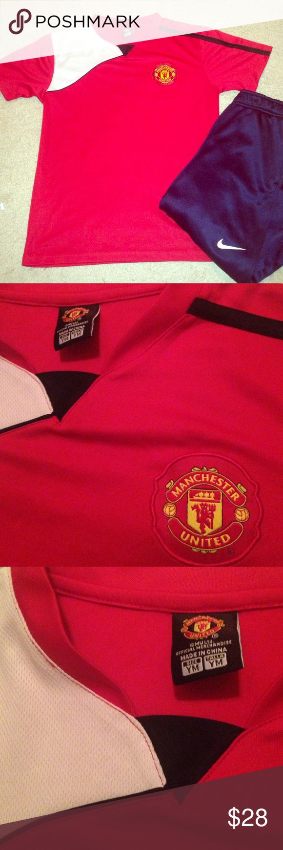 Manchester United youth medium jersey Worn once. Polyester. Official merchandise Shirts & Tops Tees - Short Sleeve