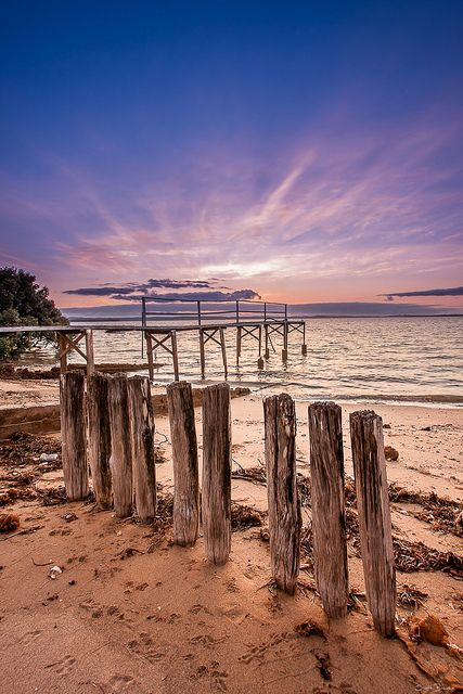 Hidden jetty at sunrise - Cleveland, Queensland, Australia  (by Scott Bourke)