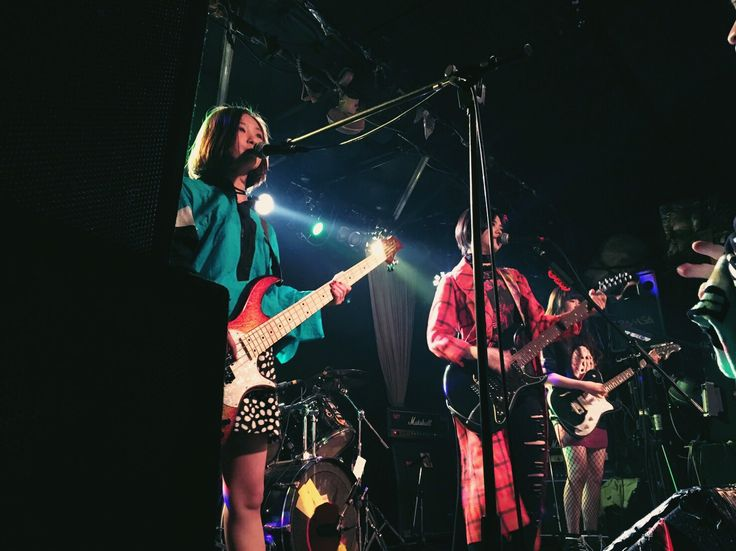 Girlfriend band