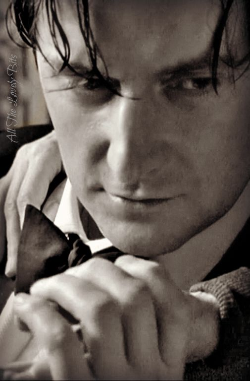 .Richard  Armitage the most talked of a fiery gorgeous handsome epic of the age  he's very majestic soft sweet polite lady's man!! ,oh by the way many men ( not gay ) like him as a very powerful actor.