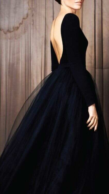 Low back/tulle skirt/skirt shape. Black couture open back tulle black tie ball gown