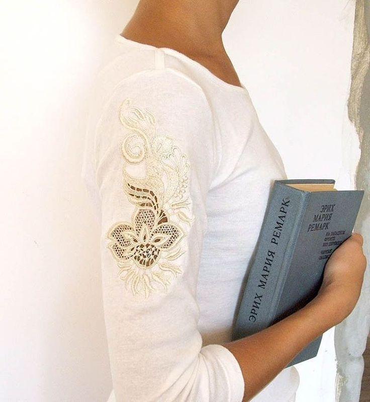 43 отметок «Нравится», 2 комментариев — ALLA (вышивка&вышивка) (@krasnodar_alla) в Instagram: «Очень люблю кружево, а кружевные рукава - особенно прекрасны. #lace #кружево #вышивка #embroidery…»