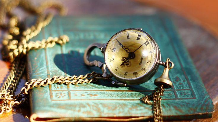 Download Wallpaper часы, стиль, тетрадь, винтаж, цепочка, section стиль Resolution 1708x960