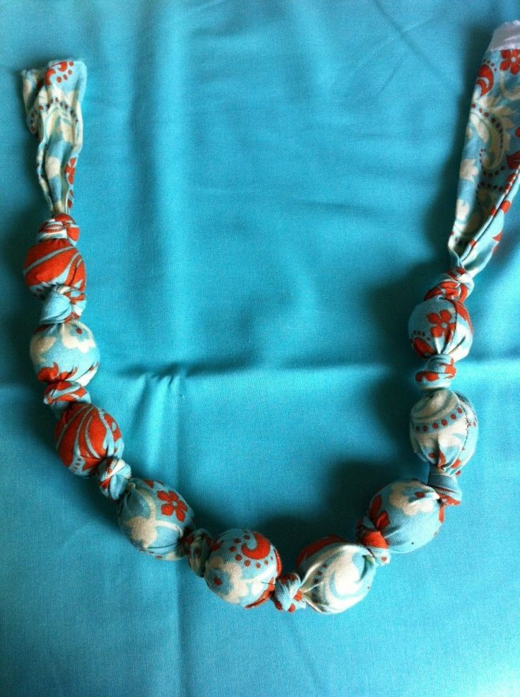 homemade teething necklace