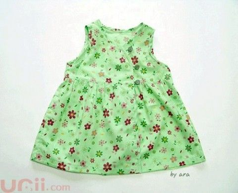 Light green dress (height 80-90 cm)