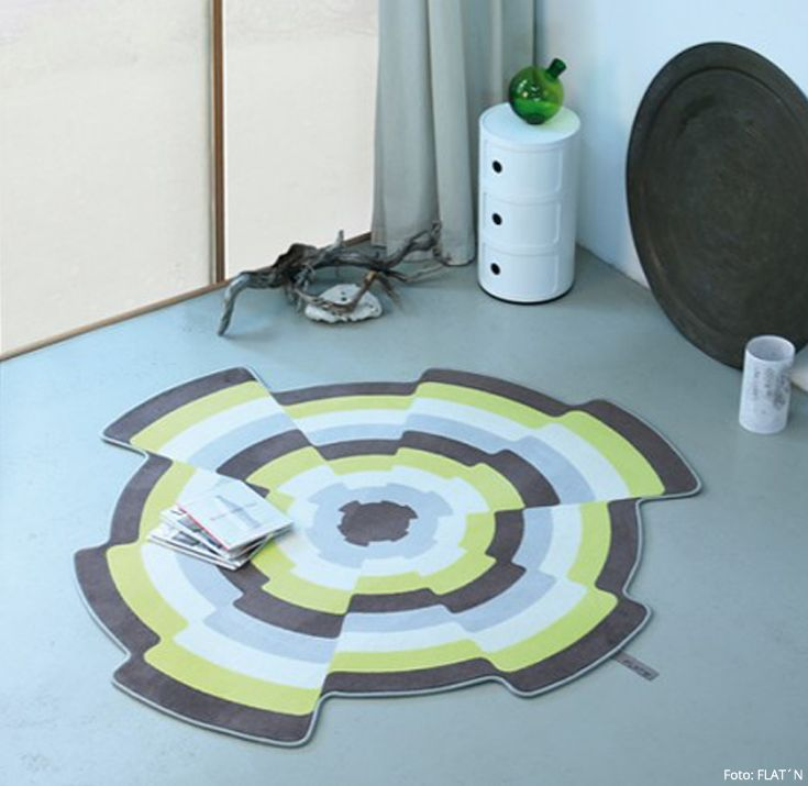Designerteppich FLAT´N Aus Köln Spielt Mit Farben, Formen Und Umrissen.  Dadurch Wirkt