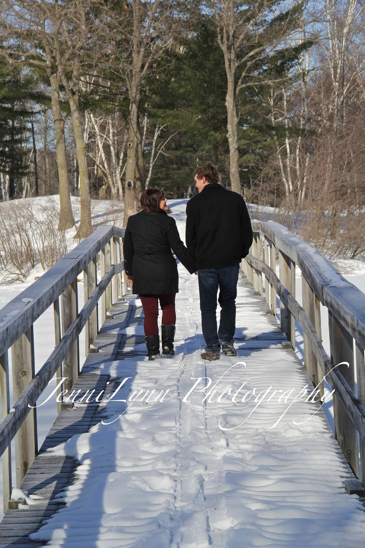 925 sterling silver rings wholesale  photography   photo   engagement   snow   winter   bridge   couple