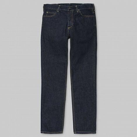 """Джинсы Carhartt WIP Texas Pant Blue (Rinsed)  Regular Fit 5-карманные джинсы сделаны из Хлопка """"Хэндфорд"""" деним 11,75 унций. Низкая талия. Металлические заклепки Кожаный Лейбл Молния. Пол мужской, 98% хлопок / 2% эластан  Carhartt WIP — европейское подразделение американской компании Carhartt, которая с конца 19 века производит рабочую одежду. Carhartt WIP с 1997 года выпускает коллекции для европейского рынка, в которых адаптирует классические предметы американской рабочей одежды для…"""