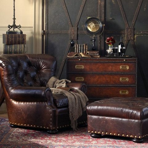just look at all of this rich brown leather! Swoon!