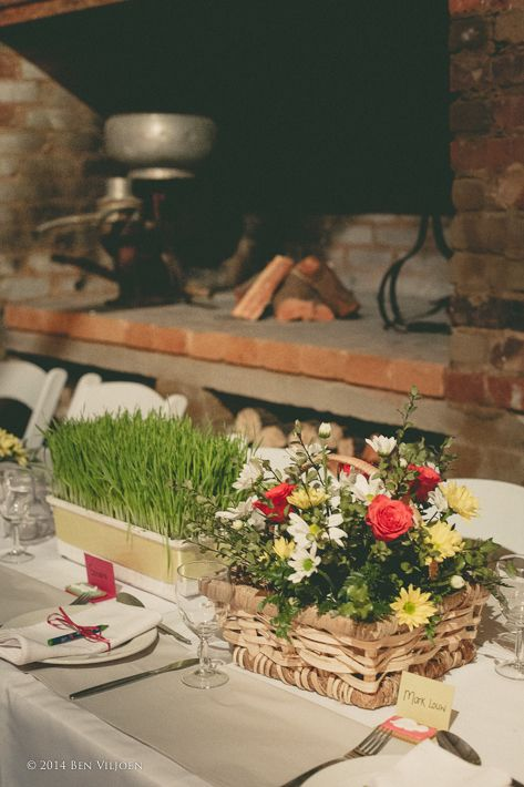 table #decor: #wheatgrass and #baskets