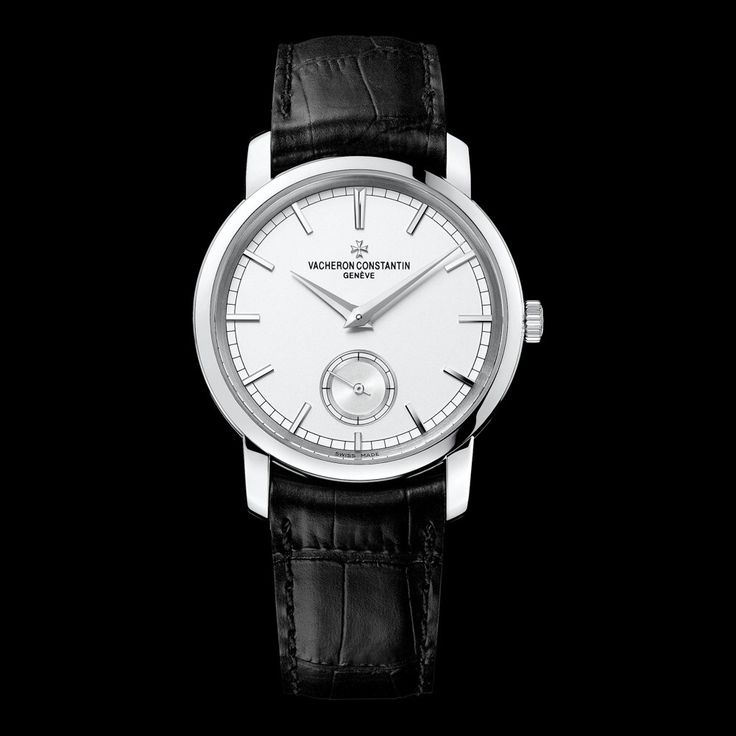 TRADITIONNELLE Reference: 82172/000G-9383 Shape: Round Diameter (mm):   38.00 Thickness (mm): 7.77 Material of the case: 18K white gold Water-resistance (bar):  3 Informations Watch strap material: alligator Mississippiensis Watch strap color: black Type of buckle: Ardillon buckle Buckle material: 18K white gold