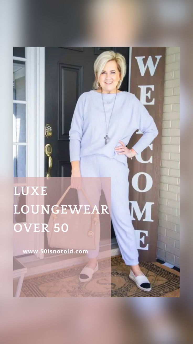 50 Is Not Old, Christmas Markets, Fashion Over 40, Queen Elizabeth, Bob Hairstyles, My Outfit, Spring Summer Fashion, Lounge Wear, 50th