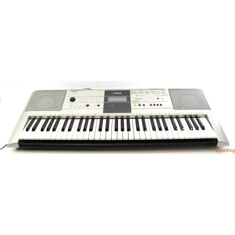 For Sale: Yamaha YPT-320 Portable Digital Key Keyboard Electronic Piano