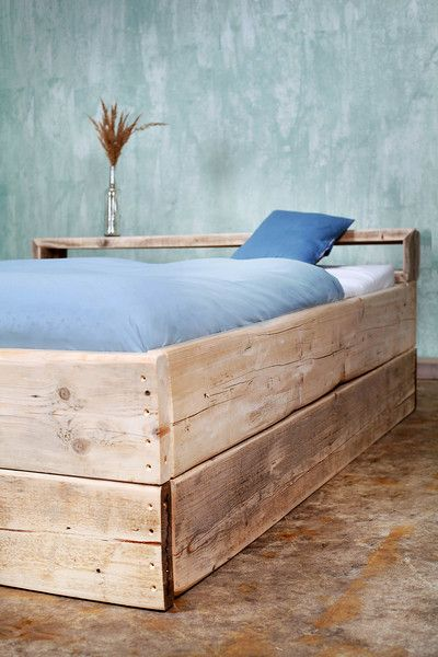 Betten - Bauholz Bett Laura 160 x 200 cm - ein Designerstück von LiegDichFraai bei DaWanda