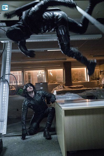 """#Arrow #Season5 #5x09 """"What We Leave Behind"""" Promotional Photos"""